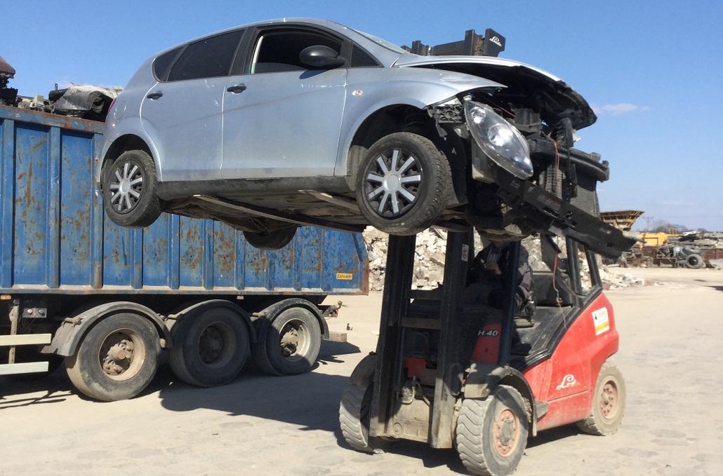 złomowanie samochodów zambrów